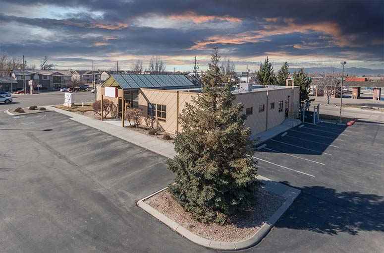 TOK Commercial represents the buyer in the purchase of medical office space.