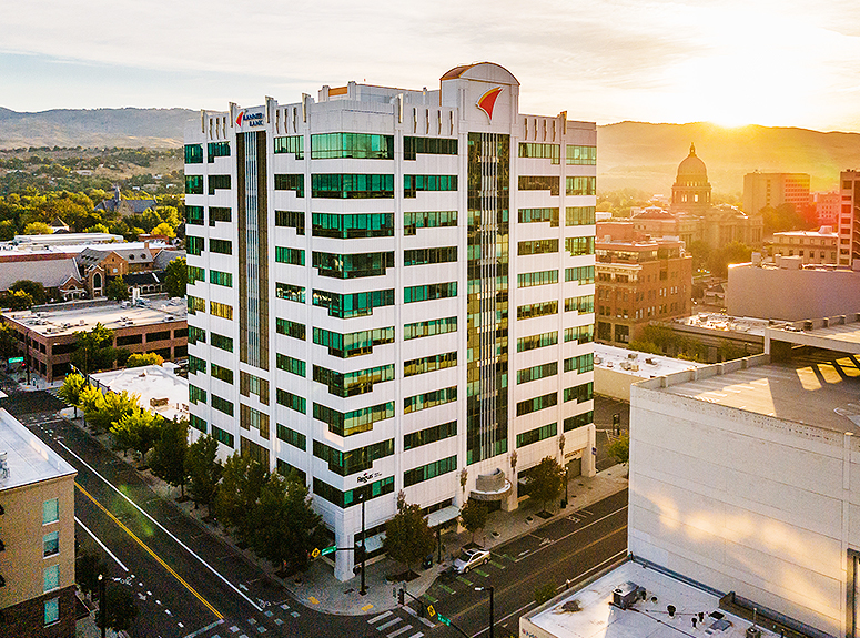 Photo of the Banner Bank Building | Located at 950 W. Bannock Street in Boise, Idaho