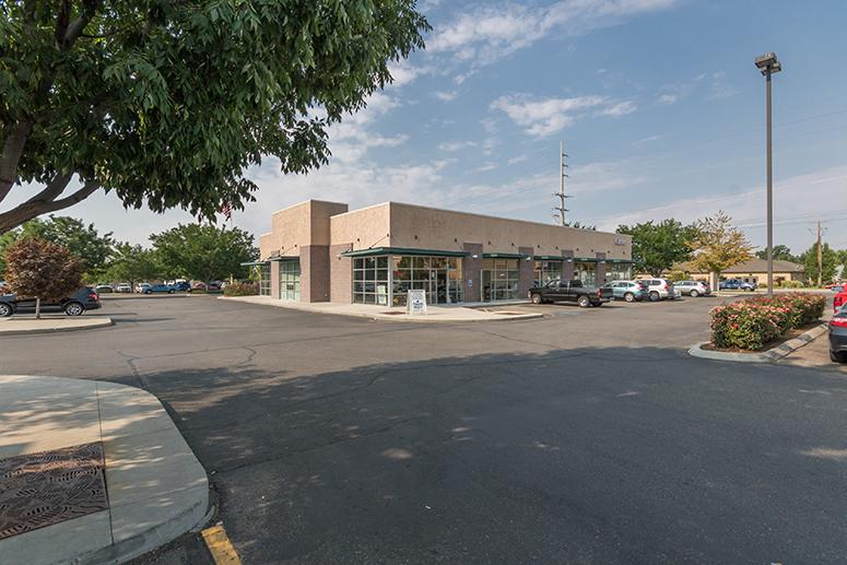 Calderwood North Shops Boise Idaho