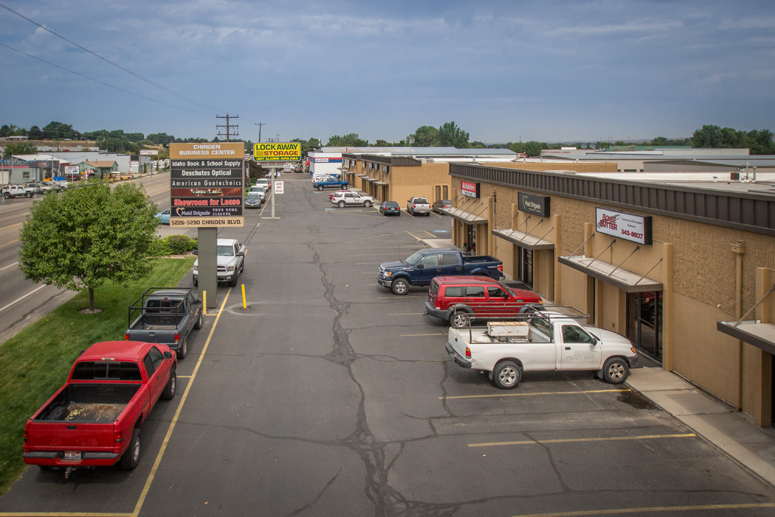 Four Corner Auction lease industrial Chinden Business Center