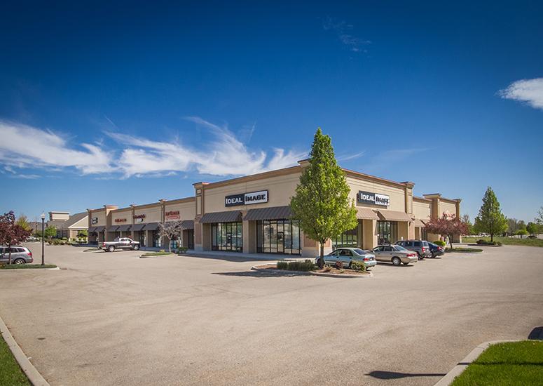 El Dorado Marketplace Continues Lease with Ideal Image