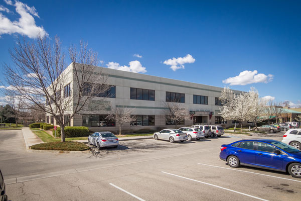 Oak Park Plaza office space for lease