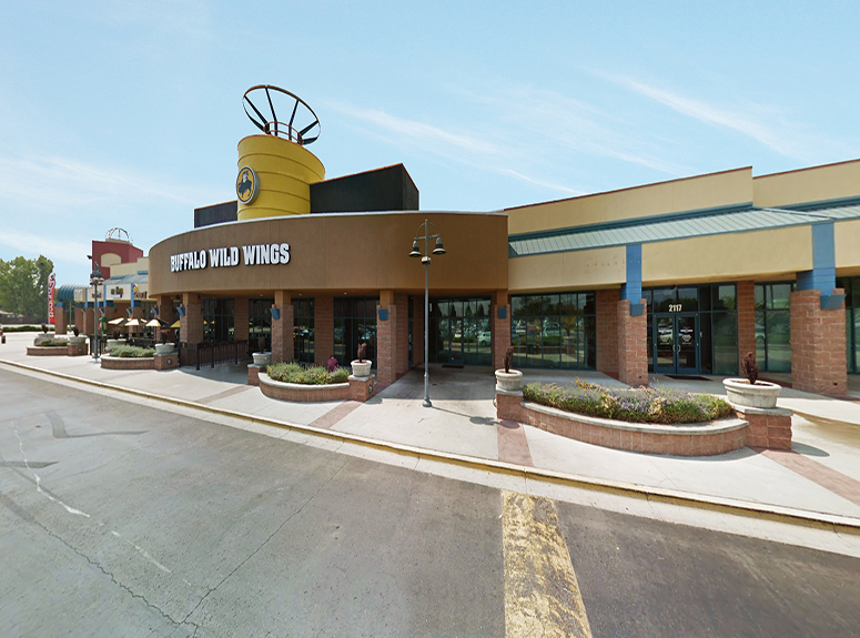 TOK Commercial represents Midtowne Spectrum Shops in leasing retail space.